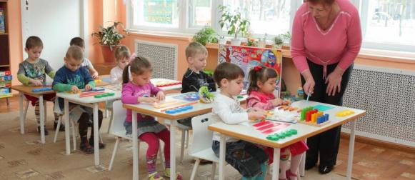 Нужно ли отдавать ли ребёнка в детский сад?