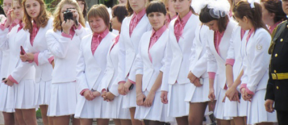 Воспитанницы Мариинской гимназии стали настоящими гимназистками