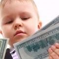 Как обучить малыша обращаться с деньгами