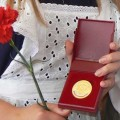 золотой медалист