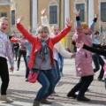 танцевальный флэшмоб в школе